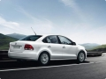 Exterior picture 2 of Volkswagen Vento Petrol Highline